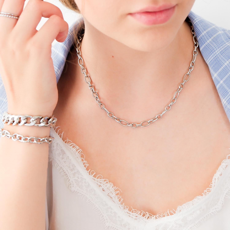 Trendy schakelketting om de hals voor een mooie look