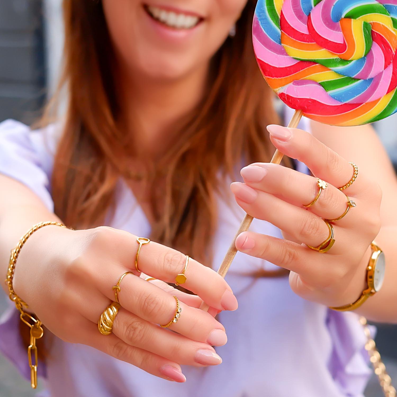Trendy mix van ringen voor een complete look