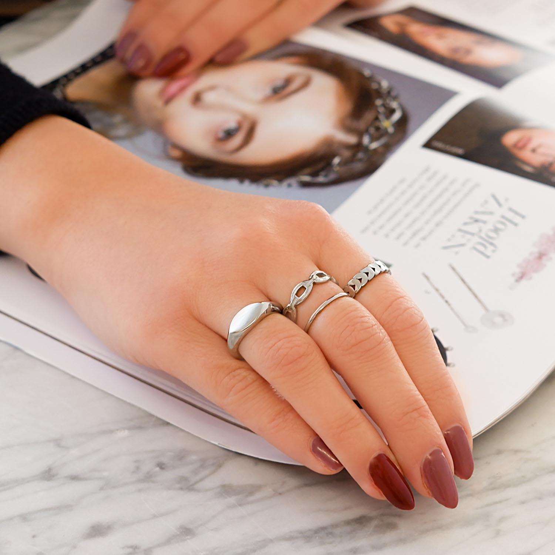 Mooie ringen om de hand voor een trendy look