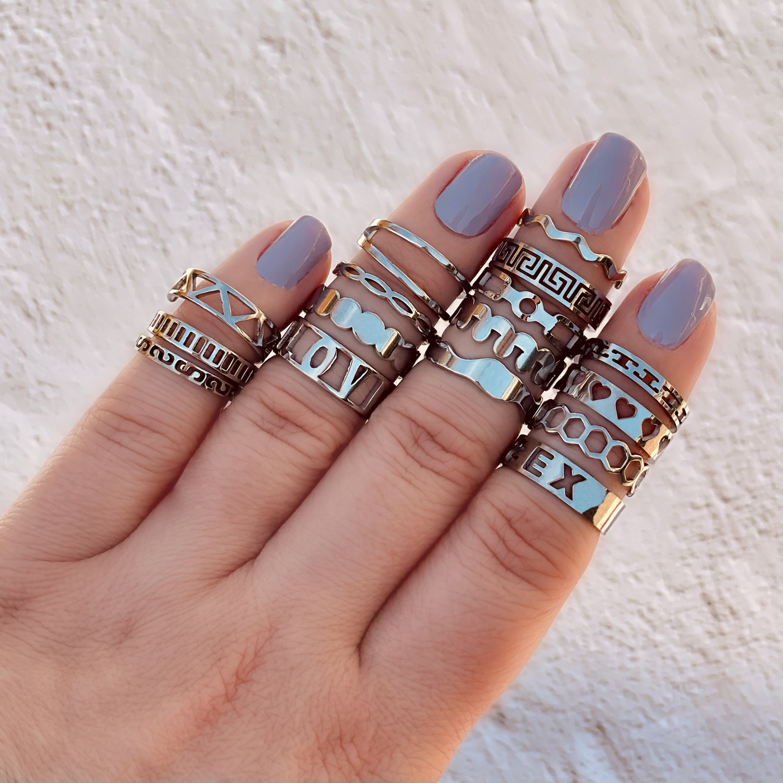 Verschillende ringen met elkaar gecombineerd