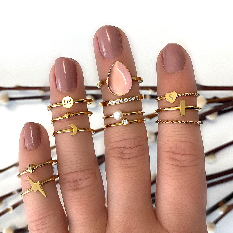 Leuke set van ringen met een finaste sieradendoosje voor erbij