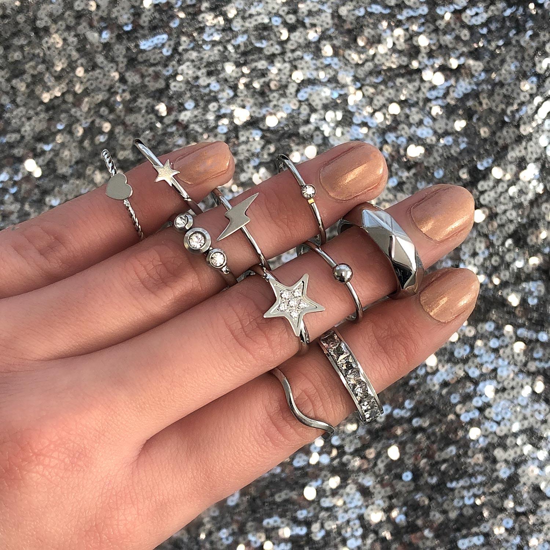 Zilveren mix match ringen voor een complete look