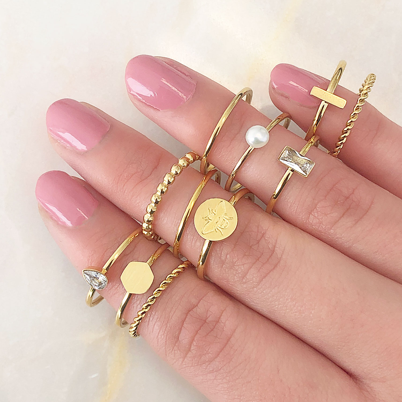 Leuke mix van ringen om te kopen en te dragen bij elkaar