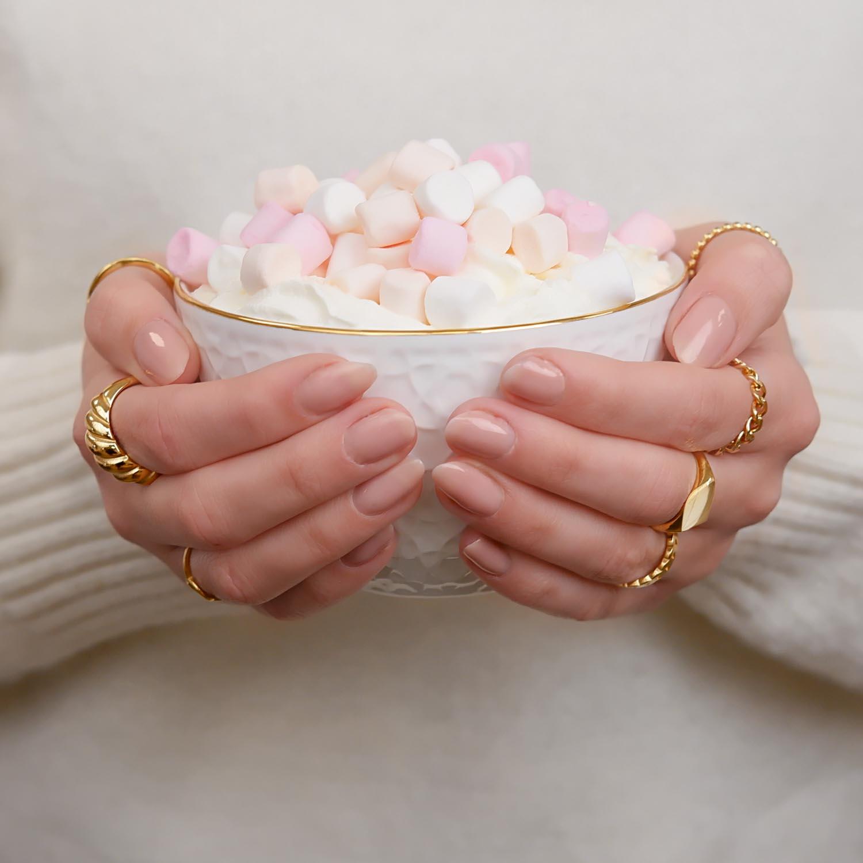 Leuke set met ringen om de hand