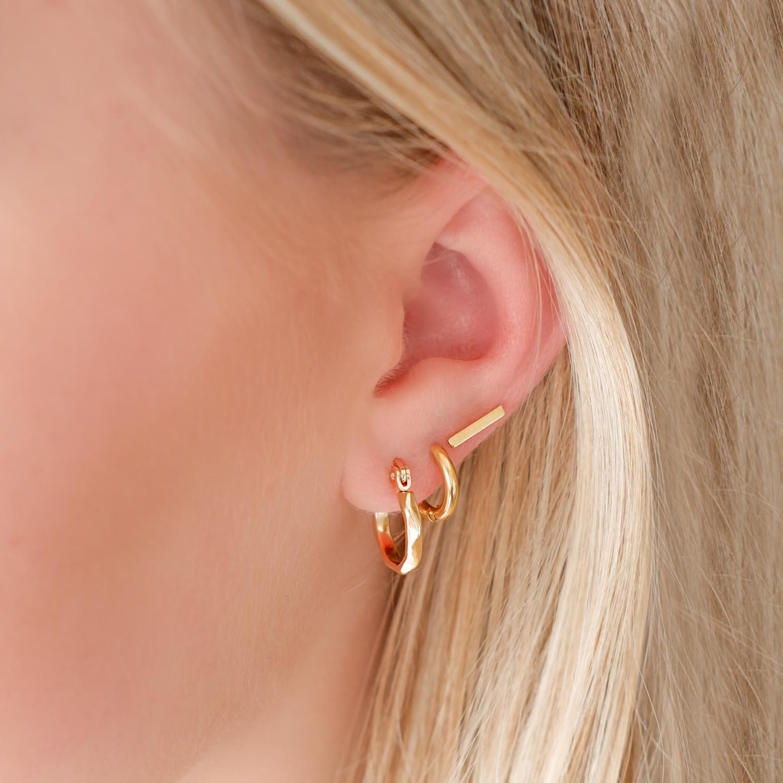 Trendy oorbellen voor een complete look om te shoppen