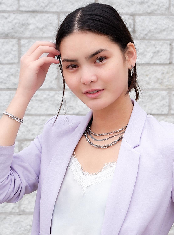 Trendy zilveren sieraden voor een complete look