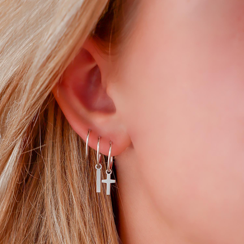Hanger oorbellen kruisje